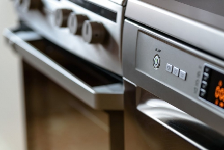 5 Reasons Why Hard Water is Affecting Your Dishwasher Performance
